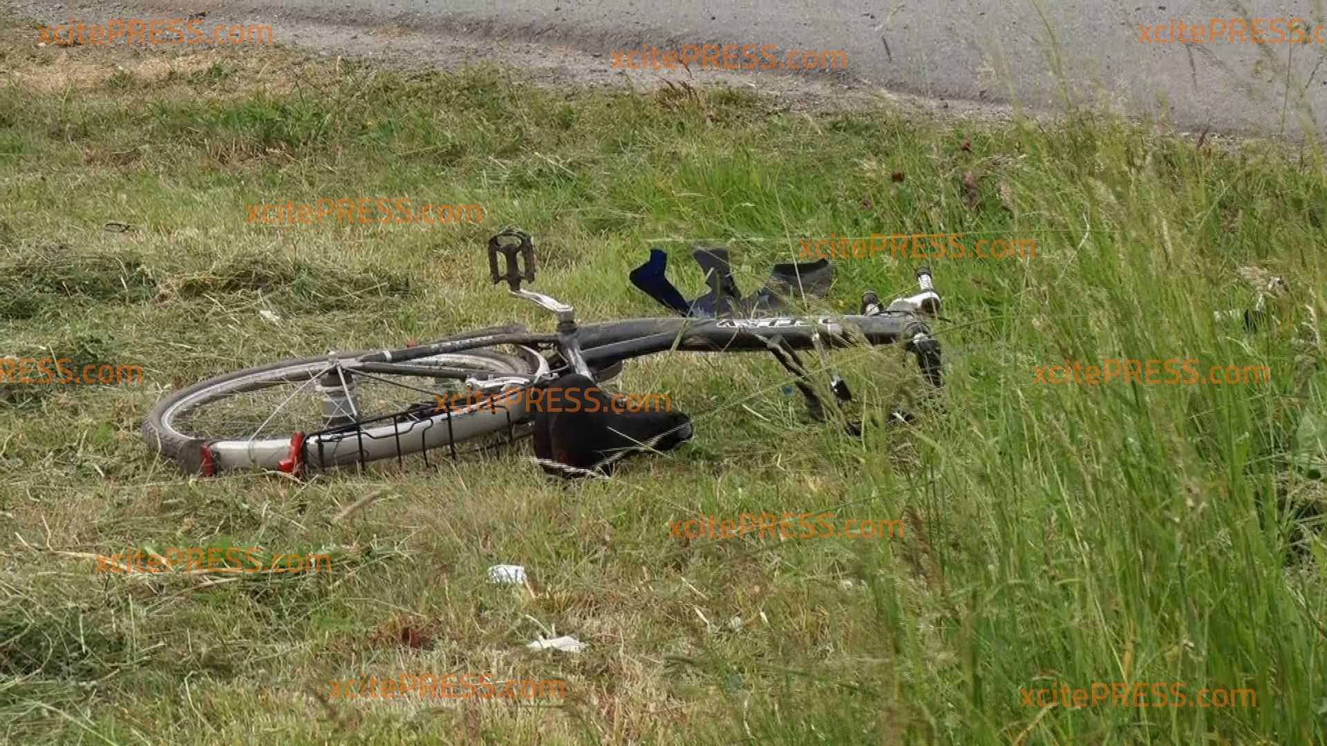 Motorrad kollidiert mi Fahrrad: 2 Verletzte - Rettungshubschrauber im Einsatz: Radler hatte Schutzengel und erlitt nur leichte Verletzungen