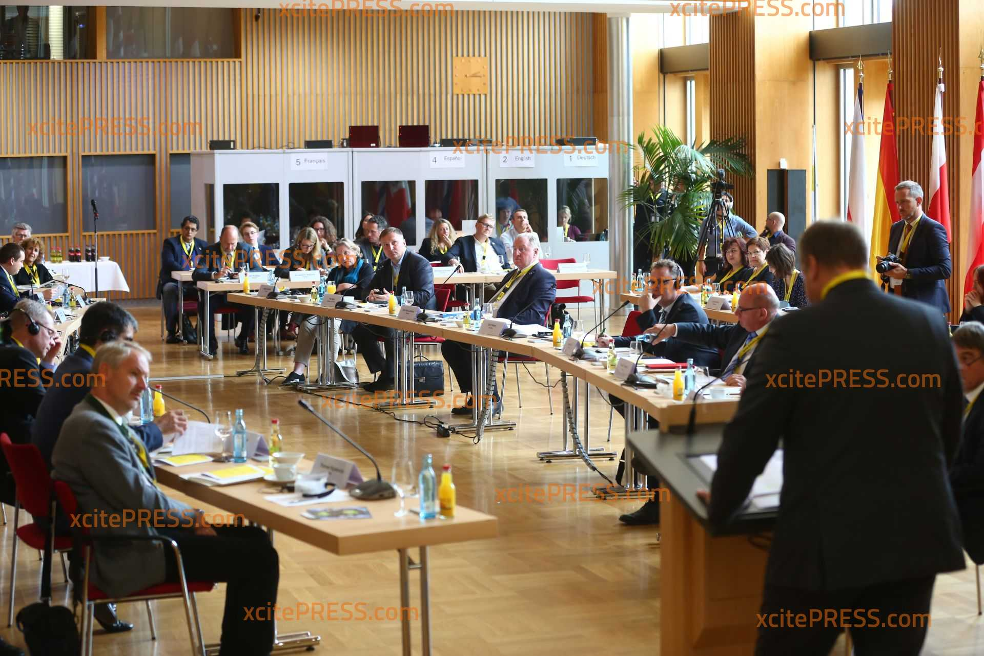 Internationale Dresden Dialoge im Rathaus: Oberbürgermeister Dirk Hilbert lud zwei Tage zu Konferenz