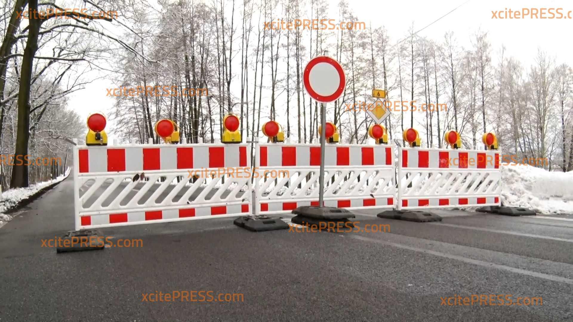 Bundesstraße 6 bleibt wegen Schneebruch weiterhin gesperrt: Beräumungsarbeiten laufen