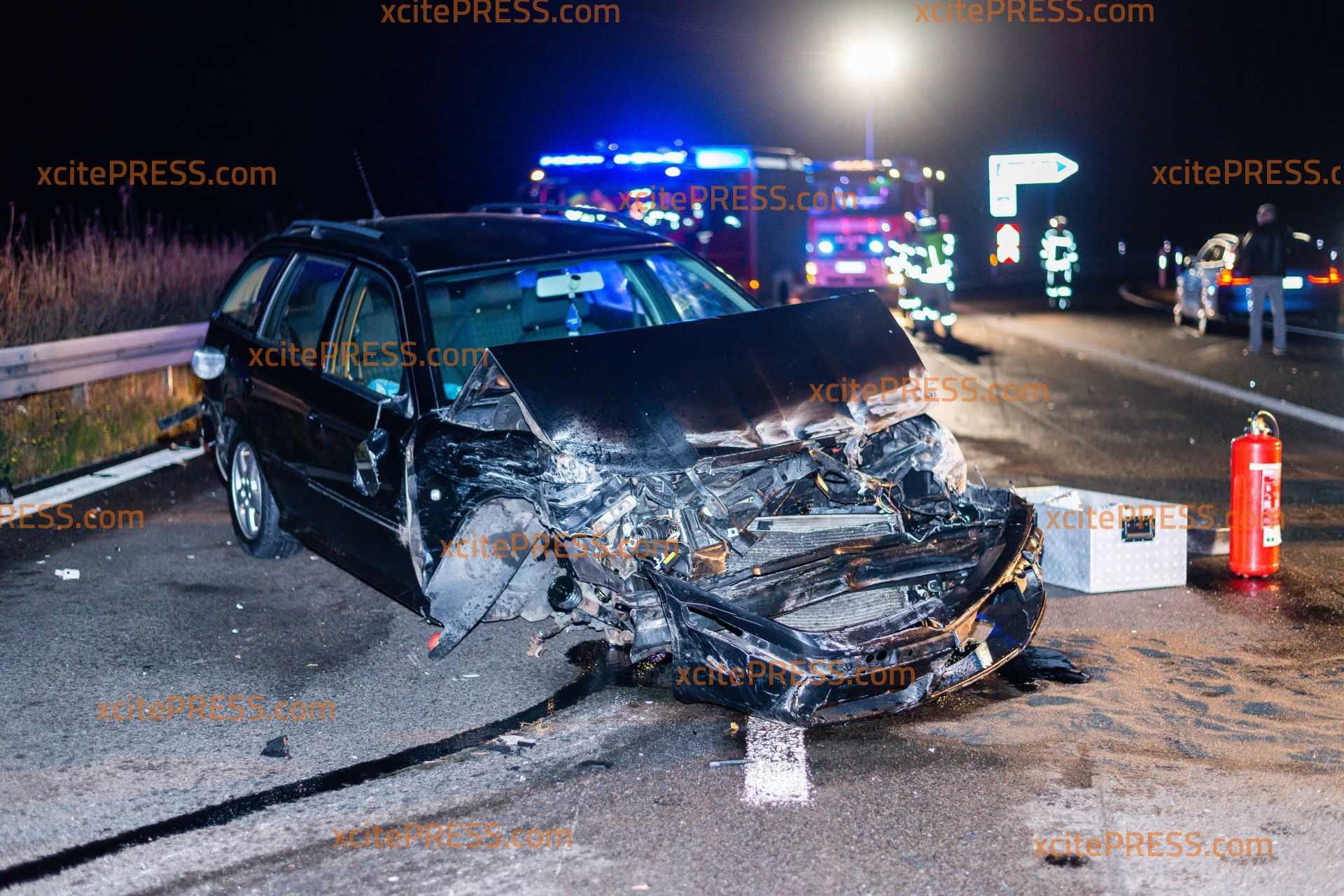 Mehrere kollidieren auf Autobahn - eine verletzte Person: Autobahn 3 Stunden voll gesperrt: 15 km Stau