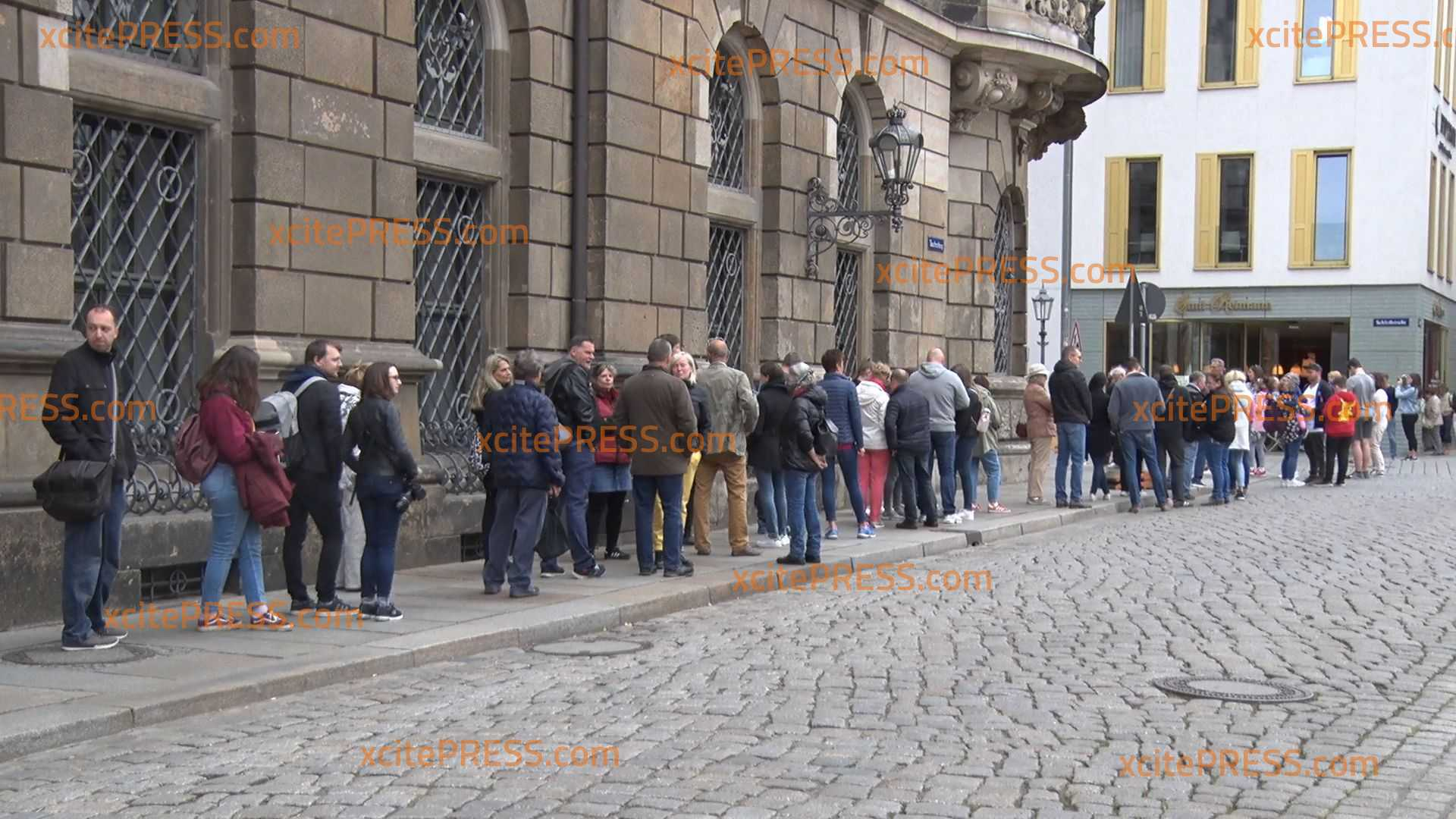 Endlich wieder Tourismus: Lange Schlangen vor Museen, viele Besucher bei Sehenswürdigkeiten: Sächsische Landeshauptstadt mit Pfingsten-Urlaubern