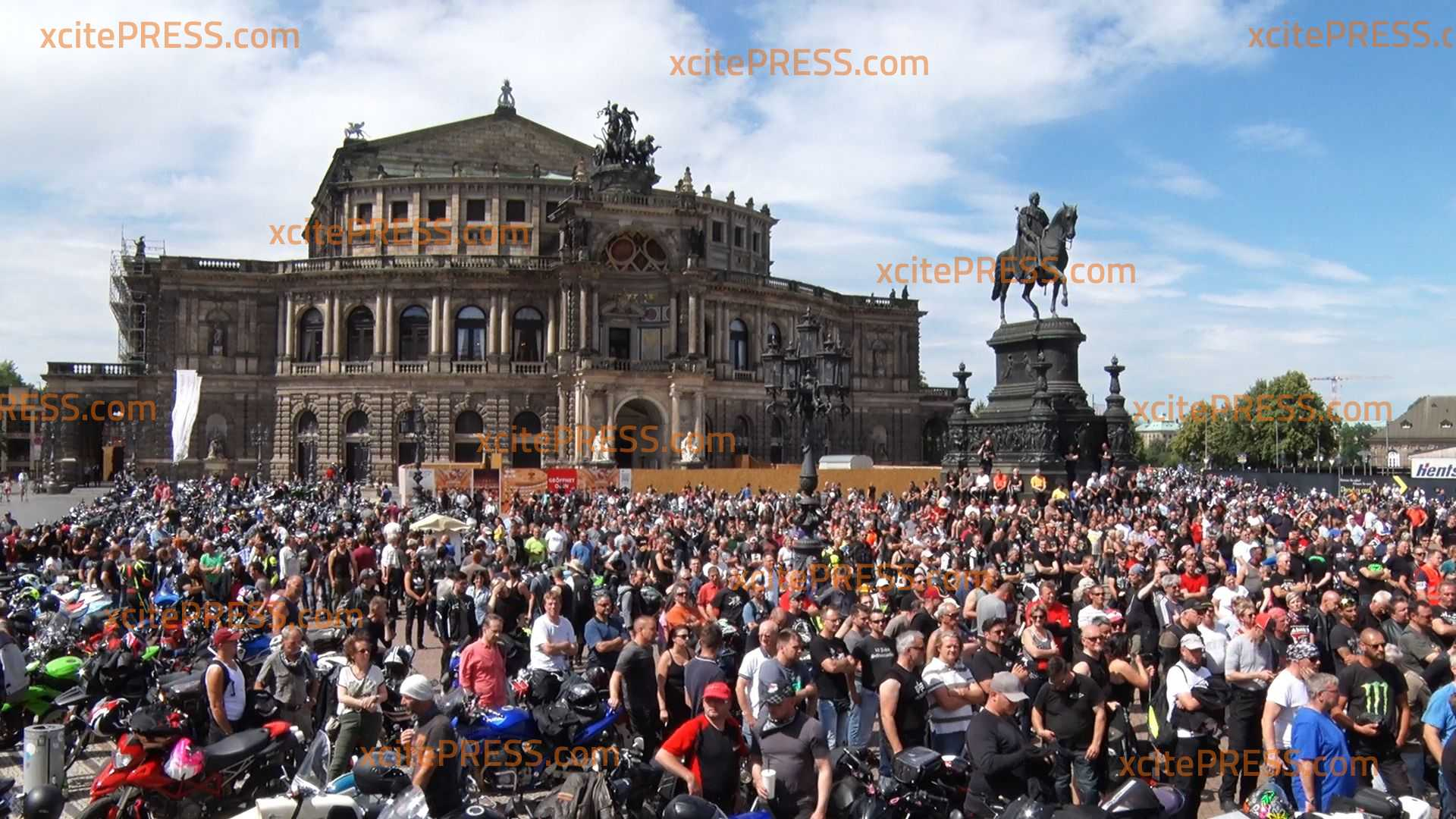 Großdemonstration in Sachsen mit 5000 Motorradfahrern: Biker protestieren deutschlandweit gegen drohende Fahrverbote