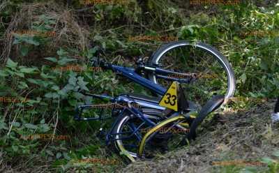 Motorrad kollidiert mit E-Bike: E-Bike-Fahrer verstirbt, Kradfahrer verletzt