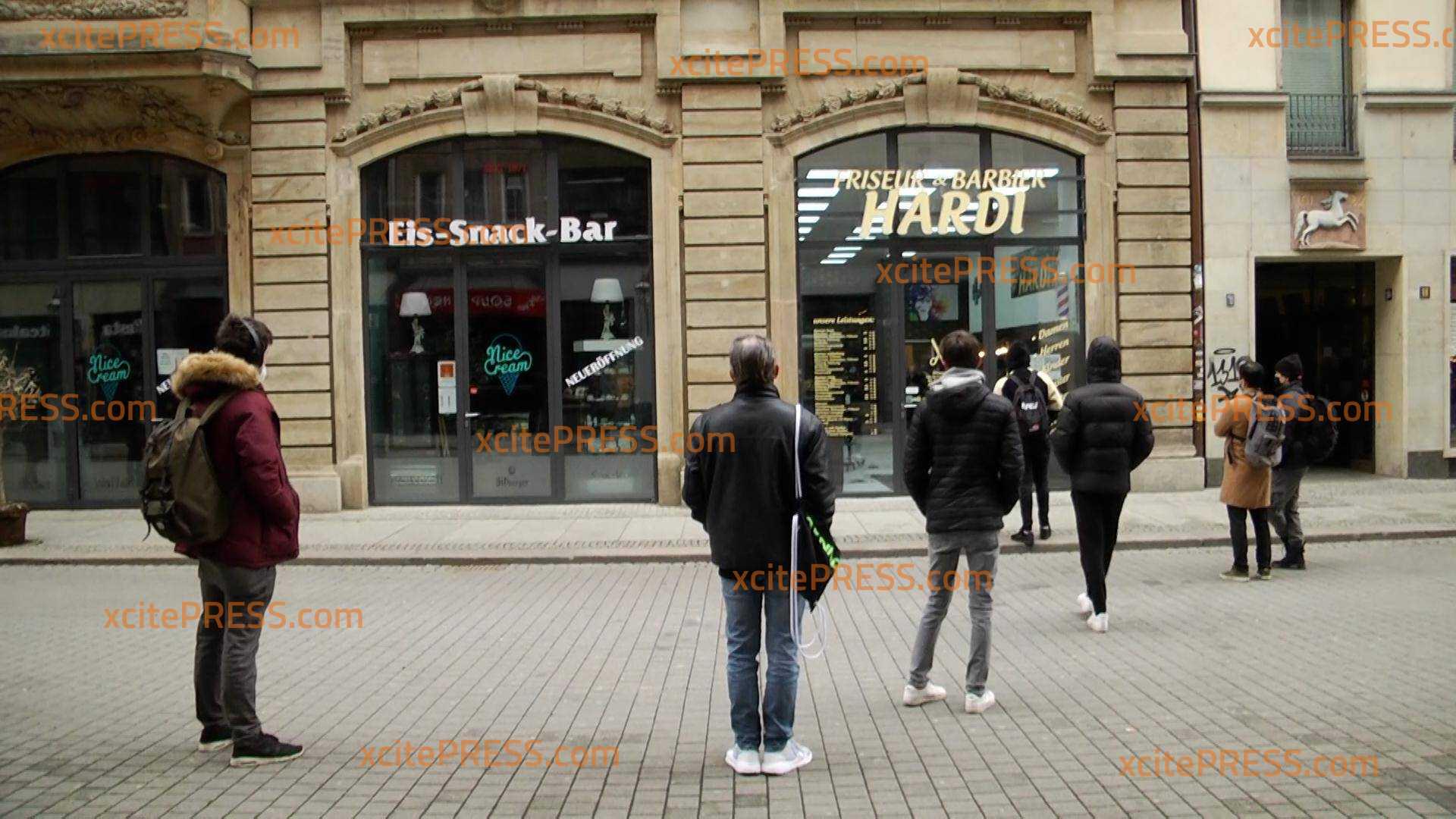 Frisöre öffnen wieder in Sachsen: Großer Andrang fürs Haareschneiden: Öffnung unter strengen hygienischen Auflagen