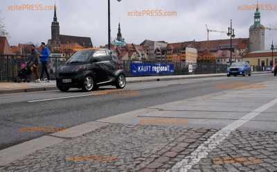 Autokorso nach Dresden: Nur wenige Fahrzeuge aus dem Kreis Löbau und Bautzen: Mini-Korso von hohem Polizeiaufgebot begleitet