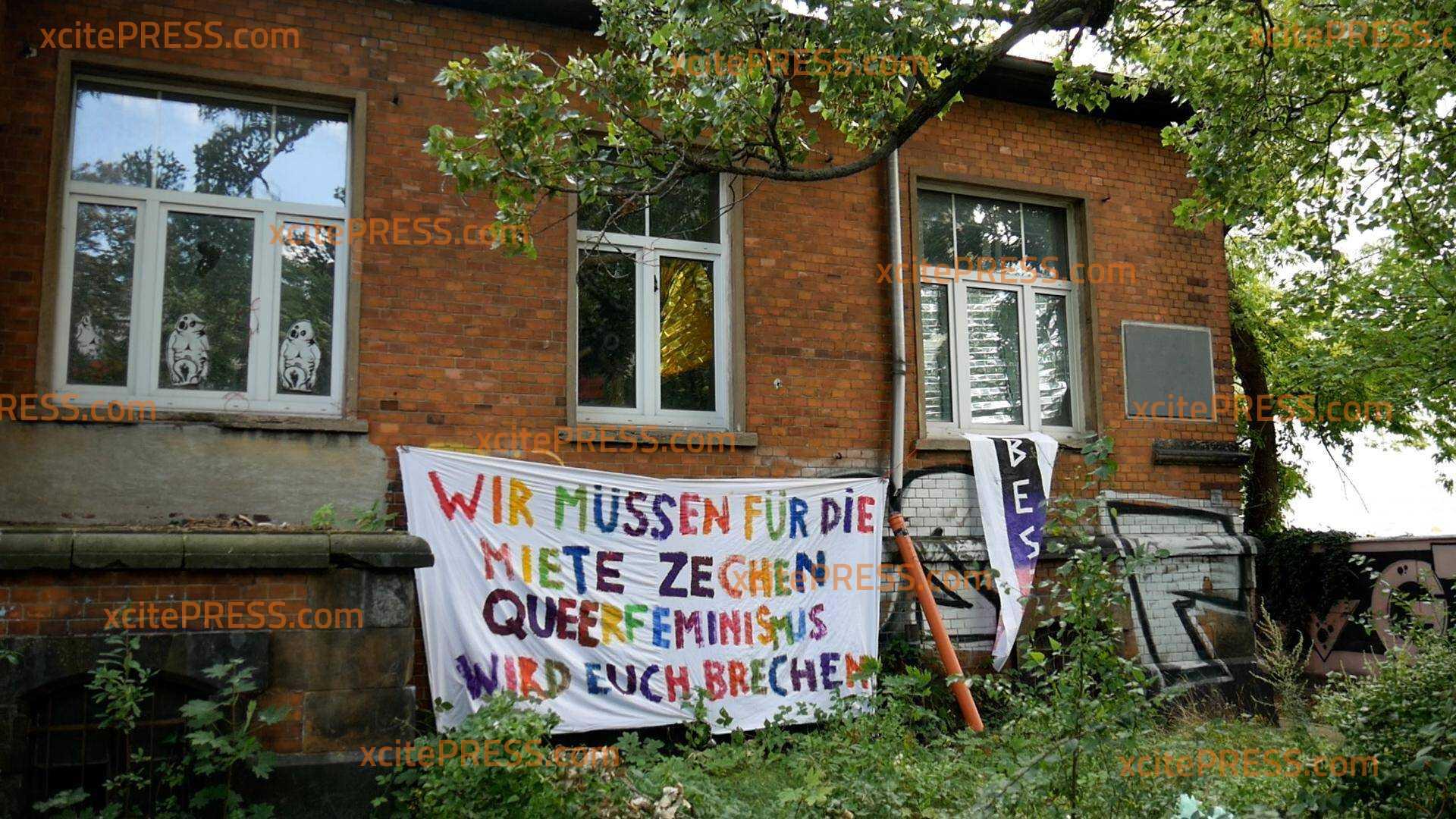 Erneute Hausbesetzung in Dresden: Polizei räumt Besetzer vom Dach